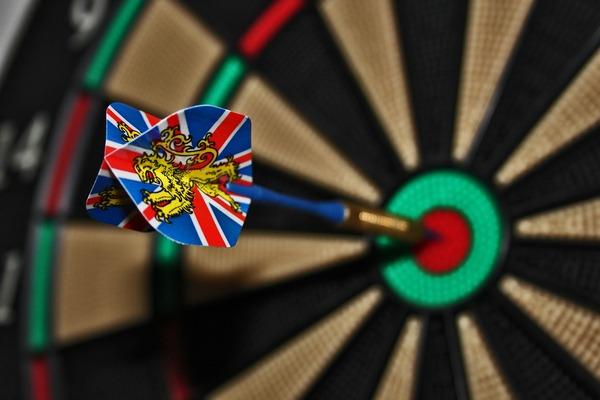 darts-673229_1920